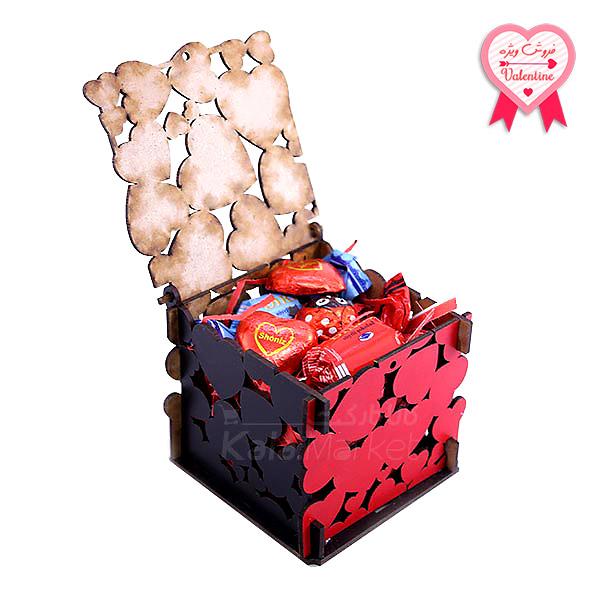 Kala Market-کالا مارکت- box2 1 1 - جعبه شکلات قرمز مشکی (طرح Big Heart)
