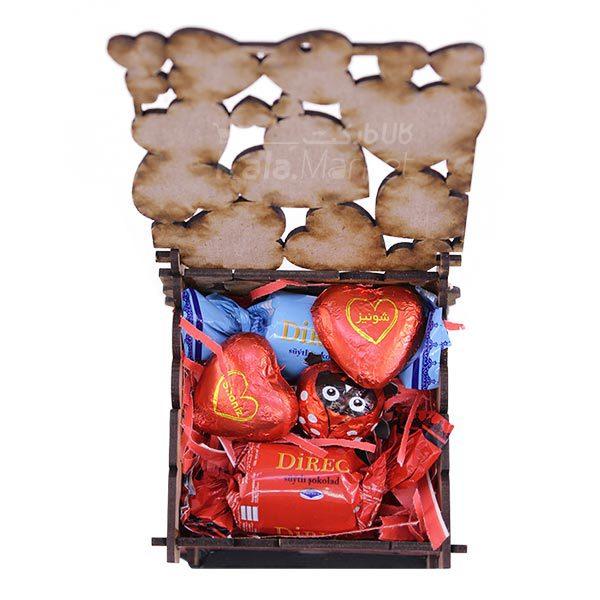 Kala Market-کالا مارکت- box2 2 600x600 - جعبه شکلات قرمز مشکی (طرح Big Heart)