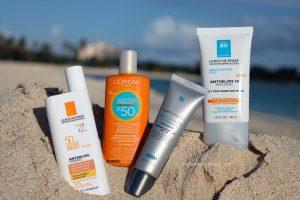 Kala-Market-sunscreen-true-or-false_tinted-sunscreenjpg-300x200-11 دلیل برای اینکه چرا باید از ضد آفتاب استفاده کنید-آرایش و زیبایی آرایش و زیبایی صورت سلامت پوست لوازم آرایش