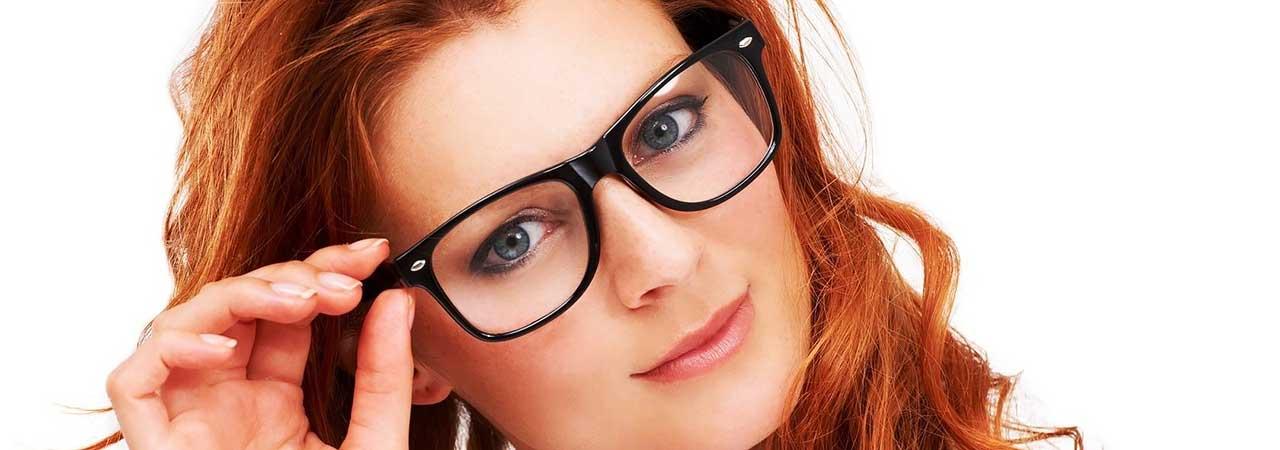 Kala-Market-eye-glass-kala-market3-آرایش اختصاصی برای خانم های عینکی!-آرایش و زیبایی آرایش و زیبایی صورت اکسسوری لوازم آرایش مد و لباس