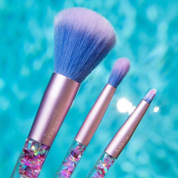 Kala Market-کالا مارکت- Aquarium Liquid Glitter Makeup Brush4 600x600 - ست براش آکواریومی کیفی (AQUARIUM Liquid Glitter Makeup Brush Set)